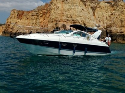 Rental Motorboat Fairline Targa 34 Lagos
