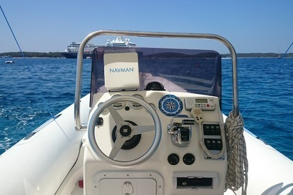 Rental RIB MARINER SHOGUN 700 Hvar