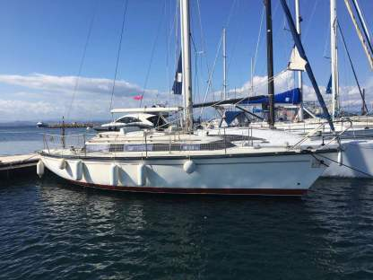 Rental Sailboat Dufour Sloop Dufour 3800 Porquerolles
