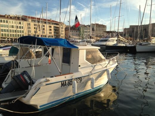 Ocqueteau 620 in Marseille for hire