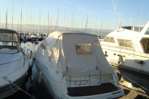 Motorboat Cranchi Giada 30 for hire