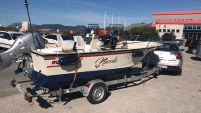 Charter Motorboat Boston Whaler 16 Sl Opuzen