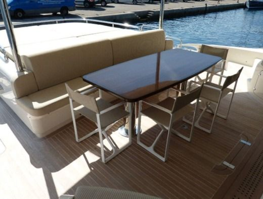 Motorboat Mattia Vg 62 Ft peer-to-peer