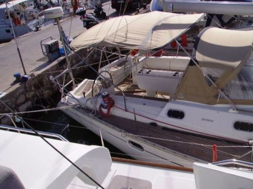 Jeanneau Sun Odyssey 522 in Athens for hire