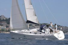 Sailboat Beneteau Oceanis Clipper 343 for hire