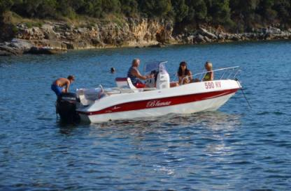 Rental Motorboat Blumax 19 Open Bale