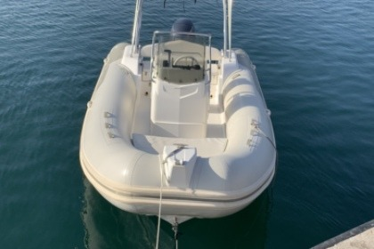 Charter Motorboat Capelli Tempest 570 luxe Marseille
