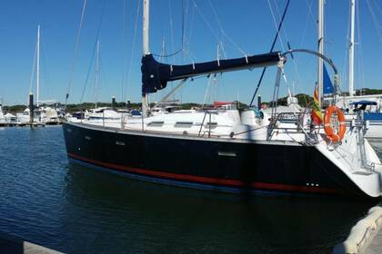 Hire Sailboat Beneteau Oceanis Clipper 393 El Rompido
