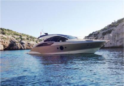 Charter Motorboat Marquis 420 Sliema
