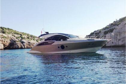Hire Motorboat Marquis 420 Sliema