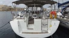 Sailboat Beneteau Oceanis 50