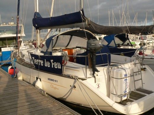 Sailboat Bénéteau Océanis 411 for hire