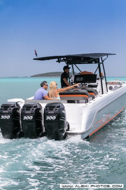 Rental Motorboat Donzi 38 Zf Open Simpson Bay