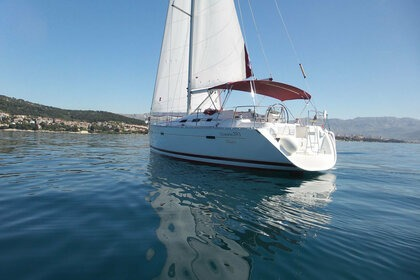 Charter Sailboat BENETEAU 393 Split