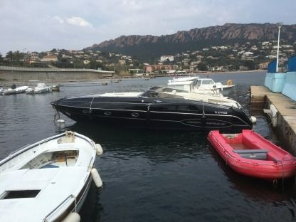 Charter Motorboat Performance 1107 Cannes