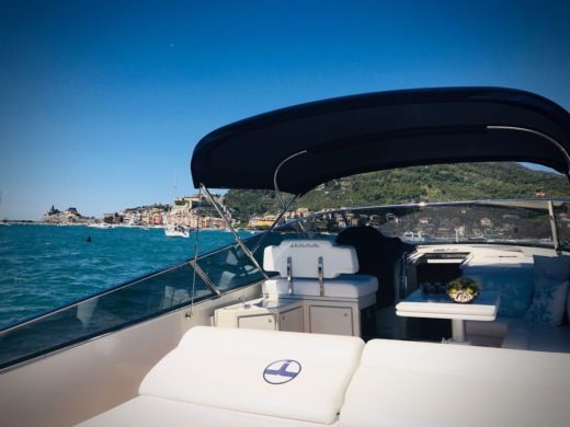 Charter motorboat in Portofino