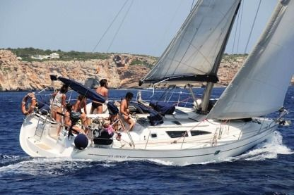 Rental Sailboat Jeanneau Sun Odyssey 40 Barcelona