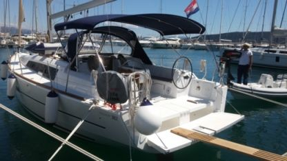 Rental Sailboat Dufour 382 Grand Large Kaštel Gomilica