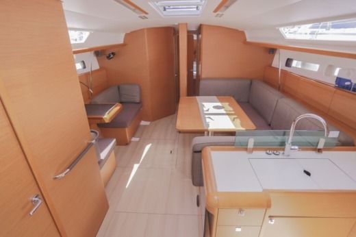 Sailboat Jeanneau Sun Odyssey 449 for hire