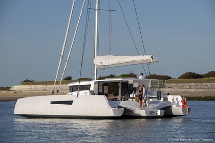 Rental Catamaran NEEL 47 Marseille