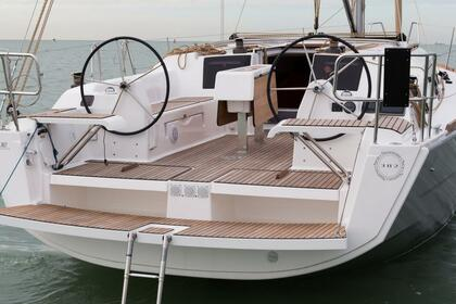 Charter Sailboat DUFOUR 382 Palermo