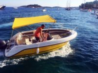 Rental motorboat in Hvar