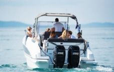 Motorboat Beneteau Flyer 8.8 Spacedeck for rental