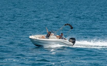 Charter Motorboat Quicksilver 455 Open Trogir