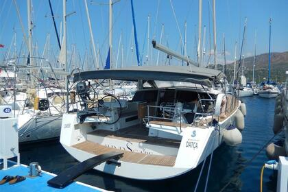 Rental Sailboat Beneteau Sense 50 Marmaris