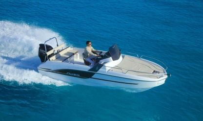 Rental Motorboat Beneteau Flyer 6.6 Sanary-sur-Mer