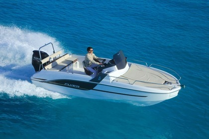Hire Motorboat BENETEAU FLYER 6.6 Sanary-sur-Mer