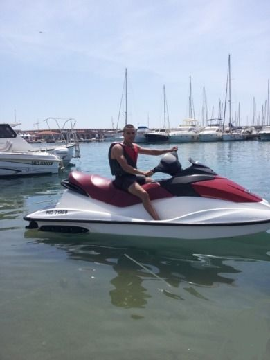 Charter jet ski in Antibes peer-to-peer