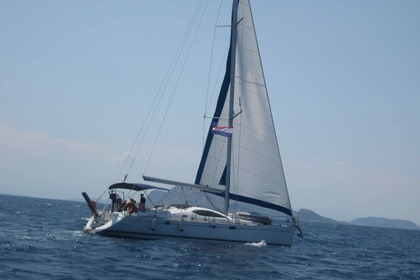 Hire Sailboat JEANNEAU SUN ODYSSEY 49 DS Piraeus