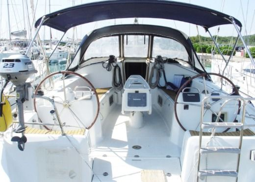 Rental Sailboat Beneteau Cyclades 43.4 Sukošan