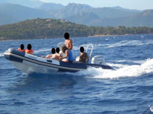 location bombard sunrider 550 porto vecchio click boat. Black Bedroom Furniture Sets. Home Design Ideas