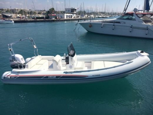 RIB SELVA MARINE D680 for hire