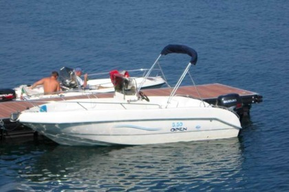 Hire Motorboat BELLINGARDO Open Fish 20 Hvar