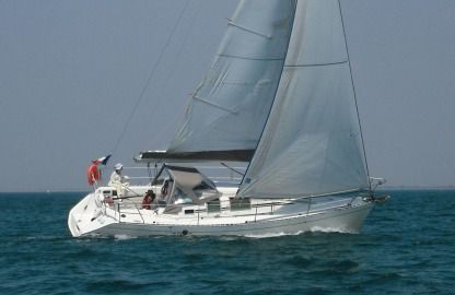 Rental Sailboat Beneteau First 32 S 5 La Rochelle