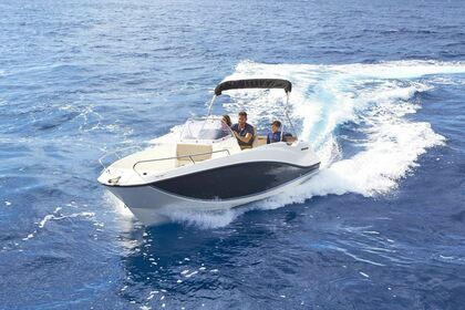 Hire Motorboat QUICKSILVER ACTIV 555 OPEN Split