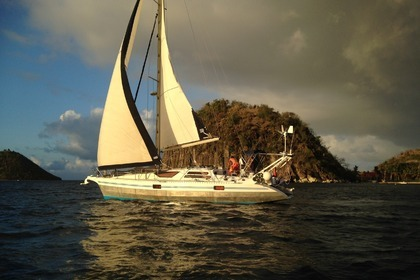Hire Sailboat ALUBAT Ovni 36 Pointe-a-Pitre