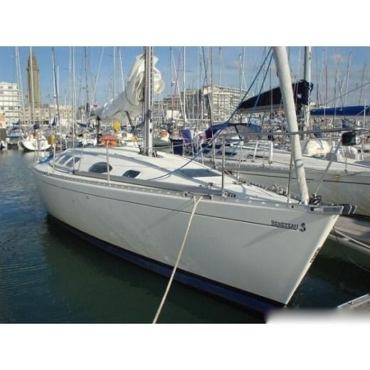Sailboat Beneteau First 38s5 peer-to-peer
