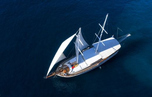 Sailboat Gulet Allure E for hire