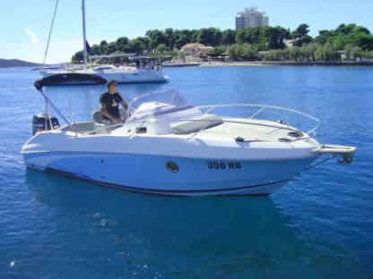 Charter Motorboat Beneteau 750 Miami Vodice