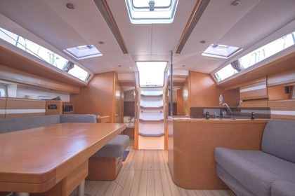 Hire Sailboat JEANNEAU 53 Split