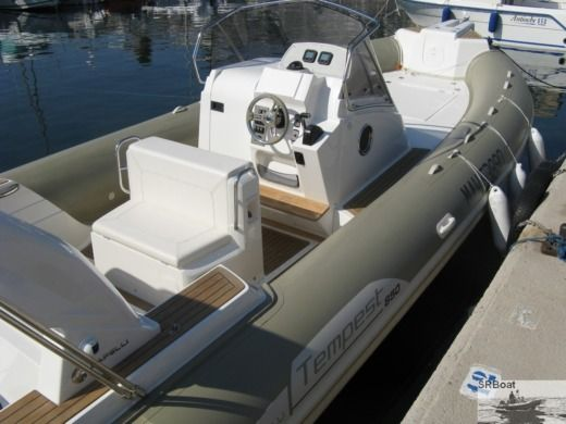 RIB Capelli Tempest 850 peer-to-peer