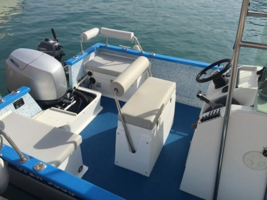Chantier Pro 2000 Outre Mer 5000 in Antibes for hire