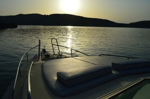 Motorboat Oceanic Alegria 37 for hire