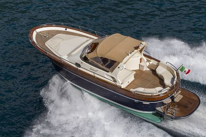 Hire Motorboat Apreamare 38 luxury Nerano