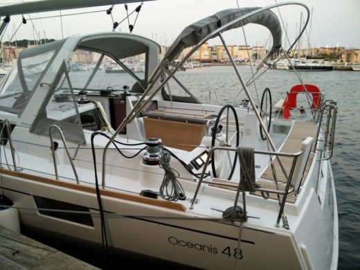 BENETEAU OCEANIS 48 in Il-Gżira for hire