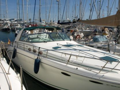 Rental Motorboat Sea Ray 370 Sundancer Donostia-San Sebastian